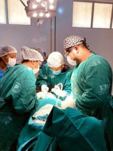 PROFISSIONAIS RESIDENTES ATENDEM gratuitamente no CEV para extrações dentárias