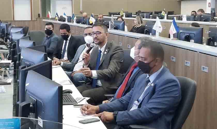 Deputado Anderson participa de reunião no Centro Integrado de Controle Nacional e sugere inclusão da Polícia Penal