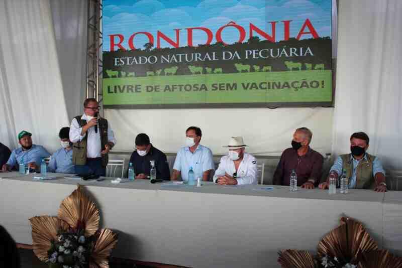 Adelino Follador participa de I Encontro de Proprietários Rurais em Ji-Paraná